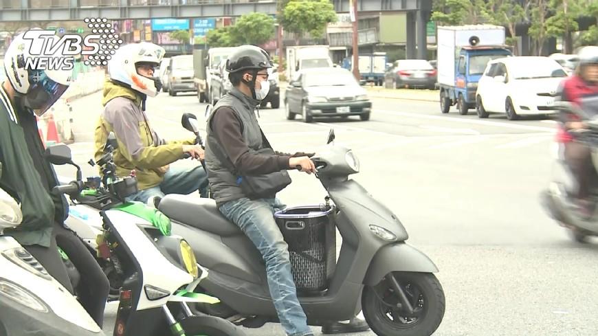圖/TVBS 抗議兩段式左轉 警政署:違規將取締
